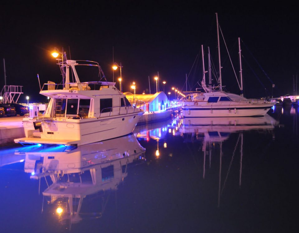 boat dock lights